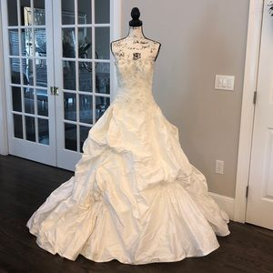 💍Justin Alexander Beaded Wedding Gown Style# 8487